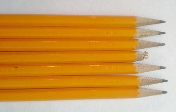 Pencil tips (6 sharpened, 1 broken)