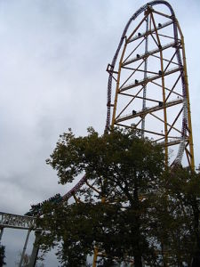 """TopThrillDragsterCedarPointe"". Licensed under Creative Commons Attribution-Share Alike 3.0 via Wikimedia Commons - http://commons.wikimedia.org/wiki/File:TopThrillDragsterCedarPointe.JPG#mediaviewer/File:TopThrillDragsterCedarPointe.JPG"